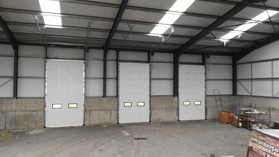 3x industrial sectional doors (inside view)